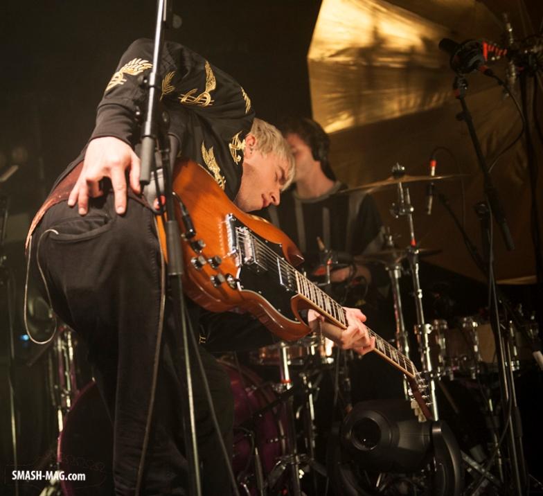 Bilderbuch-live-Koeln-Buergerhaus-Stollwerck-26-03-2015-04.jpg