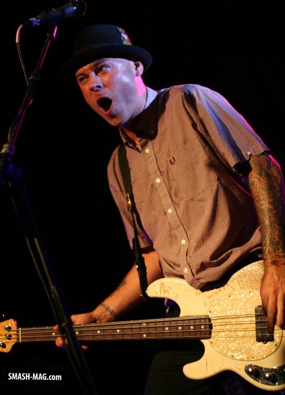 Flogging-Molly-live-Koeln-Live-Music-Hall-26-07-2015-19