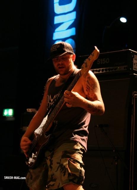 westend-festival-2011-shai-hulud-11